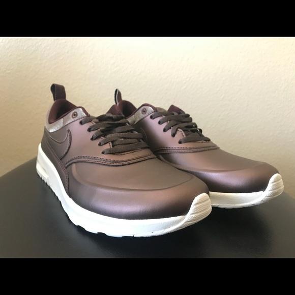 Nike Air Max Thea Premium Women's Mahogany Size 8